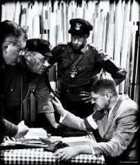 Biblioteka Publiczna m.st. Warszawy, inscenizacja grup rekonstrukcyjnych S.H. DiSK oraz GRH WiN